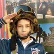 ziua armatei in scoli